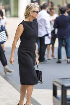 Wearing all-black: which of these 12 outfits is your favorite? | 40plusstyle.com