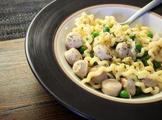 bratwurst pasta herneillä