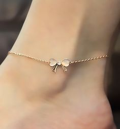 Golden Bow Anklet With Rhinestone.
