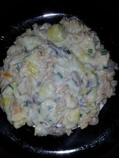 creamy chicken and leek pasta #slimmingworld http://mydietjourney.co.uk/recipes/slimming-world-recipes/creamy-chicken-leek-mushroom-pasta/