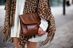 oversized clutch + cheetah sweater: Try this look with our Kathy Shawl Passion For Fashion, Love Fashion, Winter Fashion, Womens Fashion, Fashion Trends, Leopard Fashion, Style Fashion, Fashion Ideas, Casual Chique