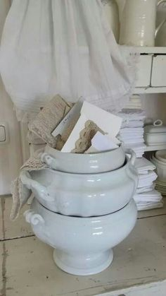I buy these tureens when I find them to use as planters...