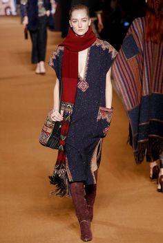 Etro Fall 2014 Ready-to-Wear Collection Photos - Vogue Boho Chic, Hippy Chic, Ethnic Fashion, Boho Fashion, Womens Fashion, Fashion Design, Milan Fashion, Runway Fashion, Fashion Week