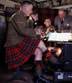 The Army School of Piping in Edinburgh, Scotland, 1944.