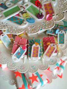 Es kam so . Deco, Happy Birthday, Birthday Parties, Textile Jewelry, Kids House, Graduation Gifts, Diy Gifts, Party Time, Crafts For Kids