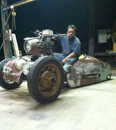 This is the man and the machine that inspired me to build my pollywog. Dennis Hom. Look him up people...