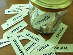 Pot d'adjectius Valencia, Language, Student, Writing, Learning, School, Creative Writing, Reading Comprehension, Learning Activities
