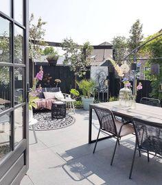 Look inside at marjoram bouquets - Garden Design Ideas Whirlpool Pergola, Photos Encadrées, Diy Terrasse, Natural Interior, Style Deco, Outdoor Furniture Sets, Outdoor Decor, Outdoor Ideas, Decoration Table