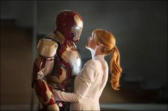 Gwyneth Paltrow's hair color in Iron Man 3 is the perfect strawberry blonde!