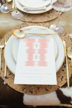 Love the gold utensils and gold trimmed plates!