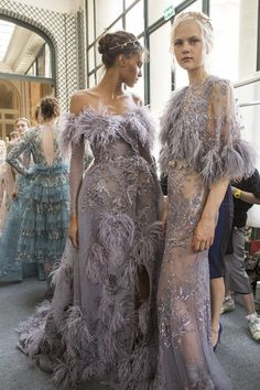 Zuhair Murad at Couture Fall 2017 - Backstage Runway Photos Cindy Bruna Wedding Dress With Feathers, Black Wedding Dresses, Wedding Dress Styles, Zuhair Murad, Ball Dresses, Ball Gowns, Prom Gowns, Evening Dresses, Ralph & Russo