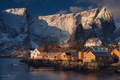 Reine, Norway photo by Daniel Korzhonov