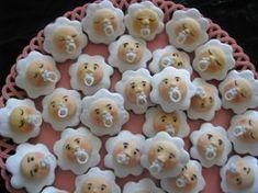 drobčeky pre môjho vnúčika/má už 2 mesiace.../ , netradičné torty | Tortyodmamy.sk Meringue Cookies, Churros, Desert Recipes, Macaroons, Yummy Cakes, Gingerbread, Cheesecake, Fondant, Food And Drink