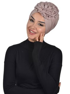 Product Information : Bonnet Fabric Information: Cotton Size : Standard African Head Scarf, African Hats, African Attire, Mode Turban, Turban Hat, Turban Style, Ghanaian Fashion, African Fashion, Hair Cover
