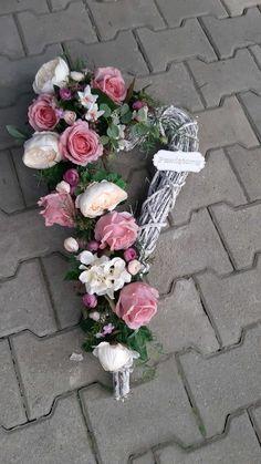 Funeral, Floral Arrangements, Wedding Flowers, Floral Wreath, Wreaths, Diy, Decor, All Saints Day, Floral Swags