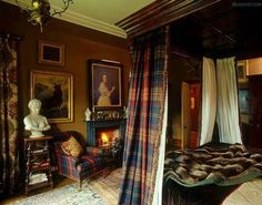 Queen Victoria would probably have felt at home in this bedroom where the antique four-poster bed has been hung with tartan curtains and the.Vincent Knapp/The Interior Archive Country Look, English Country Decor, French Country, Tartan Curtains, Tartan Fabric, Tartan Plaid, Scottish Decor, Backyard Canopy, Garden Canopy
