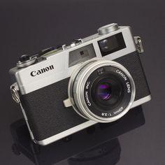 Canon Canonet 28 Vintage 35mm Film Rangefinder CAMERA 40mm 2.8 Lens Excellent