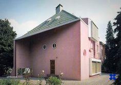 Claudio Vender (Asnago Vender) /// Villa Conti /// Barlassina, Monza e Brianza, Italy /// 1959 OfHouses guest curated by Fosbury Architecture. Architecture, Villa, Outdoor Decor, Cityscapes, Facades, Design, Home Decor, Buildings, Photos