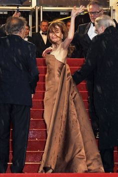 Cannes 2012 - Isabelle Huppert (Getty Images) - Day 5 (monté des marches Amour)