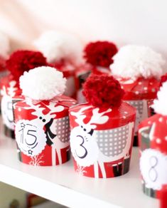 Advent calendar mug / / Create an advent calendar / create yourself the advent calendar DIY / adventskalender Diy Stationery Storage, All Things Christmas, Christmas Gifts, Christmas Ornaments, Diy Advent Calendar, Calendar Calendar, Diy Tumblr, Ideas Hogar, Diy Presents