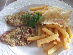 Chuletitas de cerdo con crujiente de queso apto para celíacos http://www.mis-recetas.org/recetas/show/22663-chuletitas-de-cerdo-con-crujiente-de-queso
