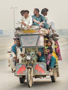 Public transport by Abdul Qadir Memon on Flickr - Qinchi rickshaw in lahore ring road