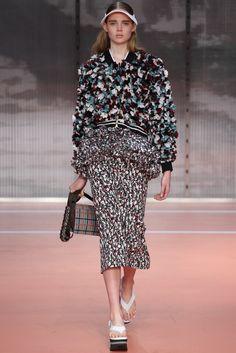 Marni Spring 2014 Ready-to-Wear Fashion Show - Holly Rose Emery
