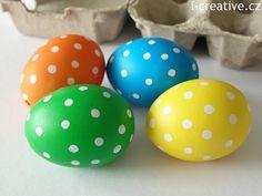 velikonoční vajíčka s puntíky