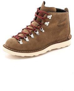 meet 1e7b5 12f62 Danner Mountain Light Overton Boots Mountaineering Boots, Boot Shop, Gore  Tex, Designer Boots