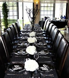 This would make a lovely spooky wedding table!!