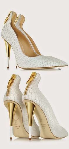 Giuseppe Zanotti Croco Embossed Leather Pumps - I'd never take them off. Hot Shoes, Crazy Shoes, Women's Shoes, Me Too Shoes, Shoe Boots, Platform Shoes, High Heels Boots, High Heels Stiletto, Stilettos