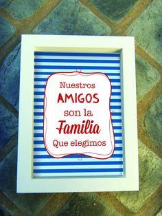 Cuadros Día del Amigo |  Medida 18x24cms | Marco en color blanco o madera natural | Phrase Book, Friends Day, Bff, Valentines Diy, Free Printables, Diy And Crafts, Frame, Quotes, Books