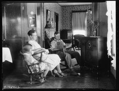 vintage radio broadcasts enriched the lives of Americans in the 1930s and 1940s.