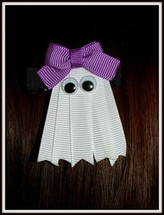 Halloween Ghost Ribbon Sculpture Hair Clip by dona Halloween Ribbon, Halloween Ghosts, Halloween Cards, Holidays Halloween, Happy Halloween, Halloween Decorations, Halloween Hair, Halloween Clothes, Costume Halloween