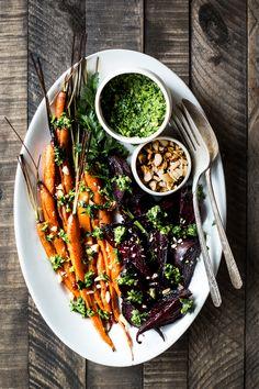 Mit einer veganen Honig Alternative ist das Rezept vegan! geröstet-Karotte-und-Rüben-Salat-mit-Karotte-Top-Pesto
