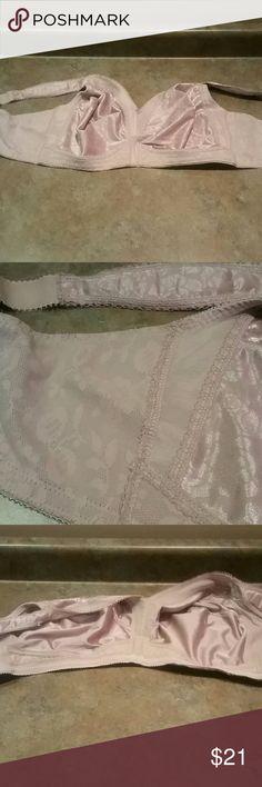 BRA     46C 18 hour playtex Intimates & Sleepwear Bras