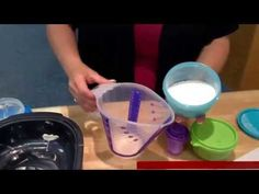 ▶ Recette Tupperware facile de Carrés au chocolat et caramel - YouTube