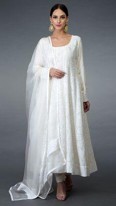 White anarkali - Off White Chikankari Hand Embroidered Anarkali Suit Pakistani Dress Design, Pakistani Dresses, Indian Dresses, Indian Outfits, White Anarkali, White Kurta, Anarkali Suits, Sharara Suit, Punjabi Suits