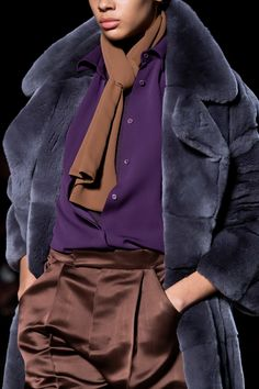 Tom Ford Fall 2019 Ready-to-Wear Fashion Show Tom Ford Fall 2019 Ready-to-Wear Collection - Vogue Fashion 2020, Runway Fashion, Fashion Show, Fashion Outfits, Womens Fashion, Fashion Design, Fashion Edgy, Edgy Style, Mode Style