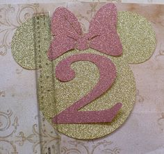 Pink Minnie Mouse Head Shapes White Circle Shapes Gold Glitter Bows Die Cut pieces for DIY Birthday Party Invitations Minnie Mouse Birthday Decorations, Minnie Mouse 1st Birthday, Minnie Mouse Favors, Diy Birthday, Birthday Parties, Minie Mouse Party, Hobby Lobby Crafts, Rosalie, Pink Minnie