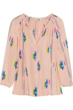 This is readily available in most thrift stores--the neckline, the elastic wrists, the awesome print...Keep an eye out.