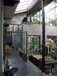 http://www.apartca-blog.com/article-loft-avec-jungle-115800459.html