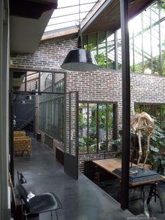 http://www.apartca-blog.com/article-loft-avec-jungle-115800459.html