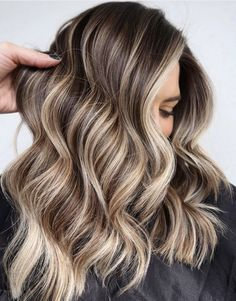 Blonde Hair Shades, Brown Hair With Blonde Highlights, Brown Balayage, Hair Color Highlights, Summer Highlights, Ash Blonde, Platinum Blonde, Caramel Highlights, Highlighted Hair For Brunettes