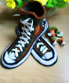 Valentine s Day guft for boyfriend Crochet converse slipper 43 Knitted  converse boots Knitted sneakers converse Warm slippers men House shoe ae89e227be2