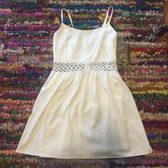 Forever 21 White Crochet Dress In like new condition! Zip up back with adjustable straps and pretty crochet detail. Forever 21 Dresses Mini