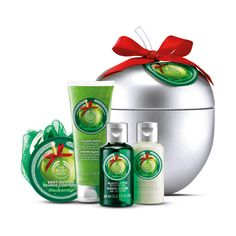 Make your gift the sweetest of the festive season with our mouth-watering Glazed Apple collection. This selection of delicious-smelling seasonal treats come perfectly packaged in a fun and reusable apple inspired tin – no wrapping required