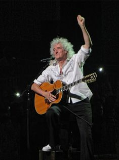 Brian May London 4 July 2018 Original Photo Freddie Mercury, Brian Rogers, Queen Brian May, Rock And Roll Fantasy, Queen Band, John Deacon, My Crush, Playing Guitar, Music Stuff