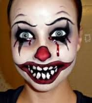 Halloween Series: Killer Clown Makeup Tutorial…This girl does AWESOME Halloween make up! Maquillage Halloween Clown, Clown Halloween, Maquillaje Halloween Tutorial, Scary Clown Costume, Scary Clown Makeup, Scary Clowns, Evil Clowns, Halloween Makeup Looks, Halloween Make Up Scary