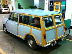 Morning Miniacs Its FILL UP FRIDAY time & we hit the pumps with a beautiful blue Woody topping up the tank! Have a great day folks
